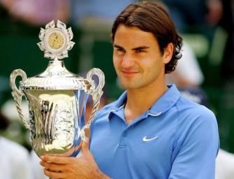 Federer schlägt in Halle auf