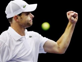 Roddick gewinnt in drei Sätzen gegen Johansson