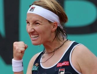 Kusnezowa zieht in Paris ins Halbfinale ein