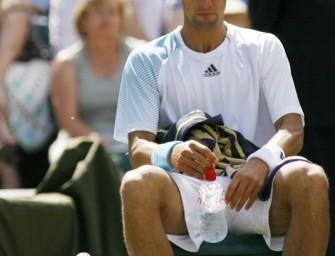 Safin schaltet Australian-Open-Sieger Djokovic aus