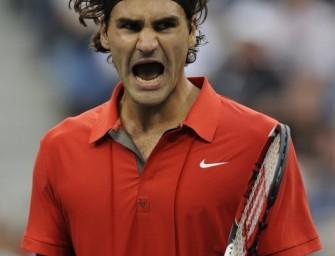 Federer feiert Sieg gegen Stepanek