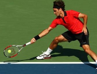Hewitt kann Federer nicht stoppen