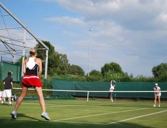 tennis MAGAZIN Lesercup 2018: Spielen Sie auf Rasen