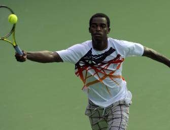 Ausraster im Video: Darian King trifft Linienrichterin mit Racket