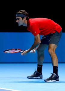 Roger Federer bei der Premiere mit seinem neuen Schuh: