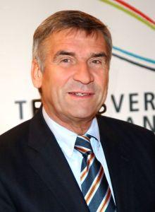 DTB-Präsident Ulrich Klaus wird von Michael Stich hart attackiert