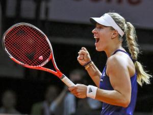 Angelique Kerber holte in Stuttgart ihren zweiten Titel im Jahr 2015
