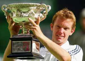 SEIN GRÖßTER ERFOLG: Thomas Johansson gewann 2002 das Finale der Australian Open gegen Marat Safin mit 3:6, 6:4, 6:4, 7:6.