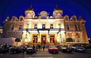 STILVOLL: Ein Casino-Besuch in Monaco ist ein Muss. Eintritt: zehn Euro. Es gibt keine Krawattenpflicht.