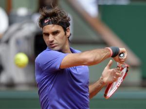 Mit dem glücklicheren Ende: Federer besiegte Kolhschreiber knapp in drei Sätzen
