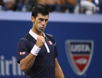 Djokovic trotz zweitem Satzverlust im Halbfinale