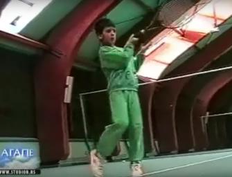 IM VIDEO: Wie Novak Djokovic als kleiner Knirps spielte