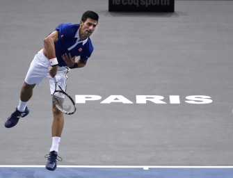 Djokovic mit Arbeitssieg im Achtelfinale von Paris