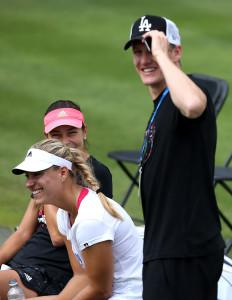 Ivanovic & Schweinsteiger zählen zu den besten Freundinnen auf der Tour von Angelique Kerber