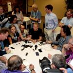 Petra Kvitova mit vielen Interviewern.