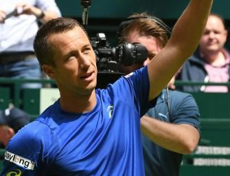 Kohlschreiber gibt in Halle auf und bangt um Wimbledon