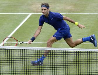Podcast aus Halle: Federer und Kohlschreiber siegen zum Auftakt