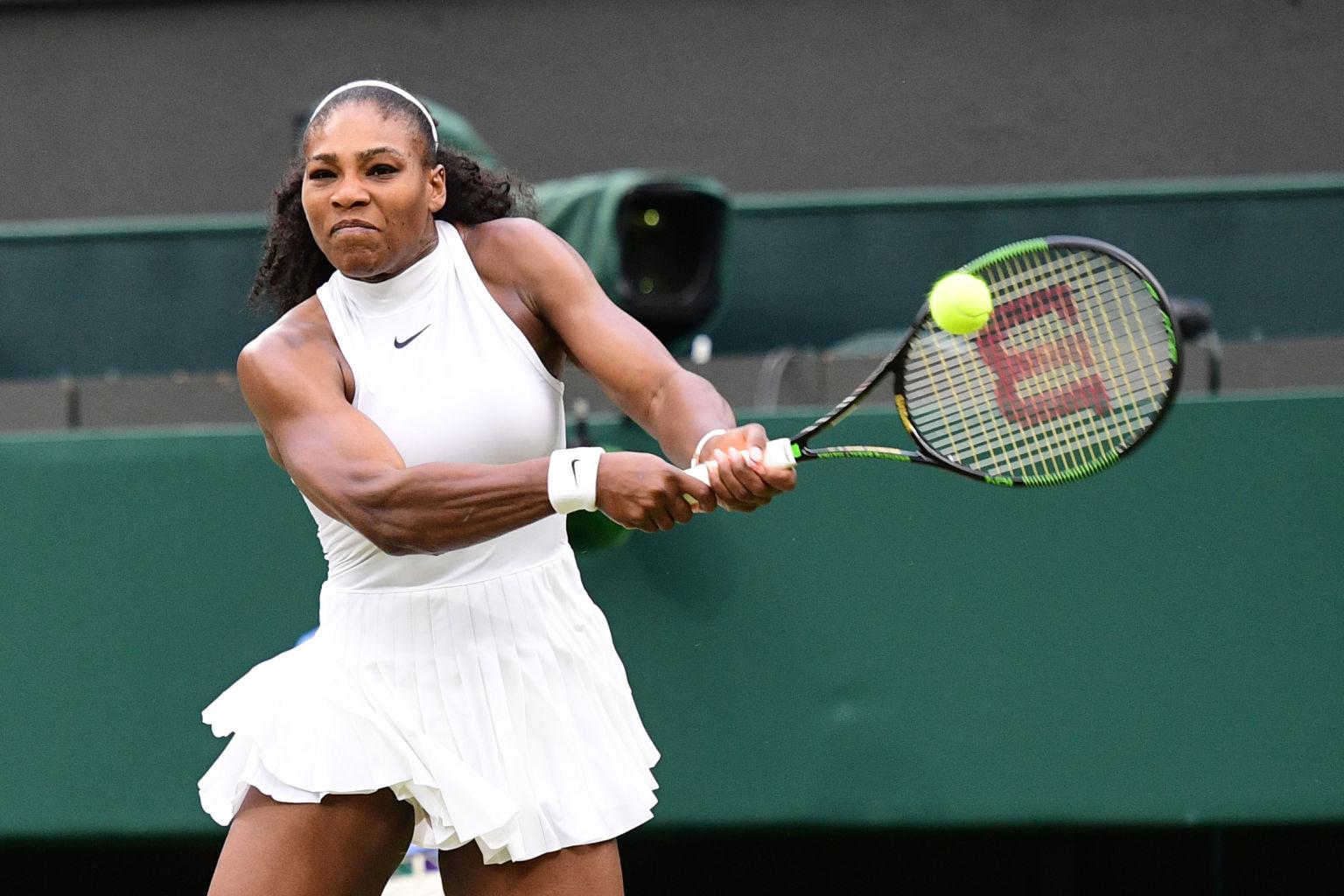 Serena Williams steht im Viertelfinale von Wimbledon.