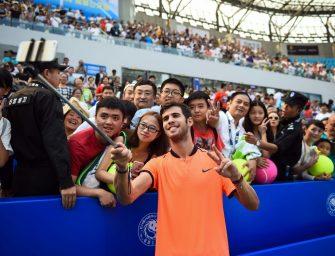 Russlands Tennis-Youngster Khachanov feiert ersten ATP-Sieg