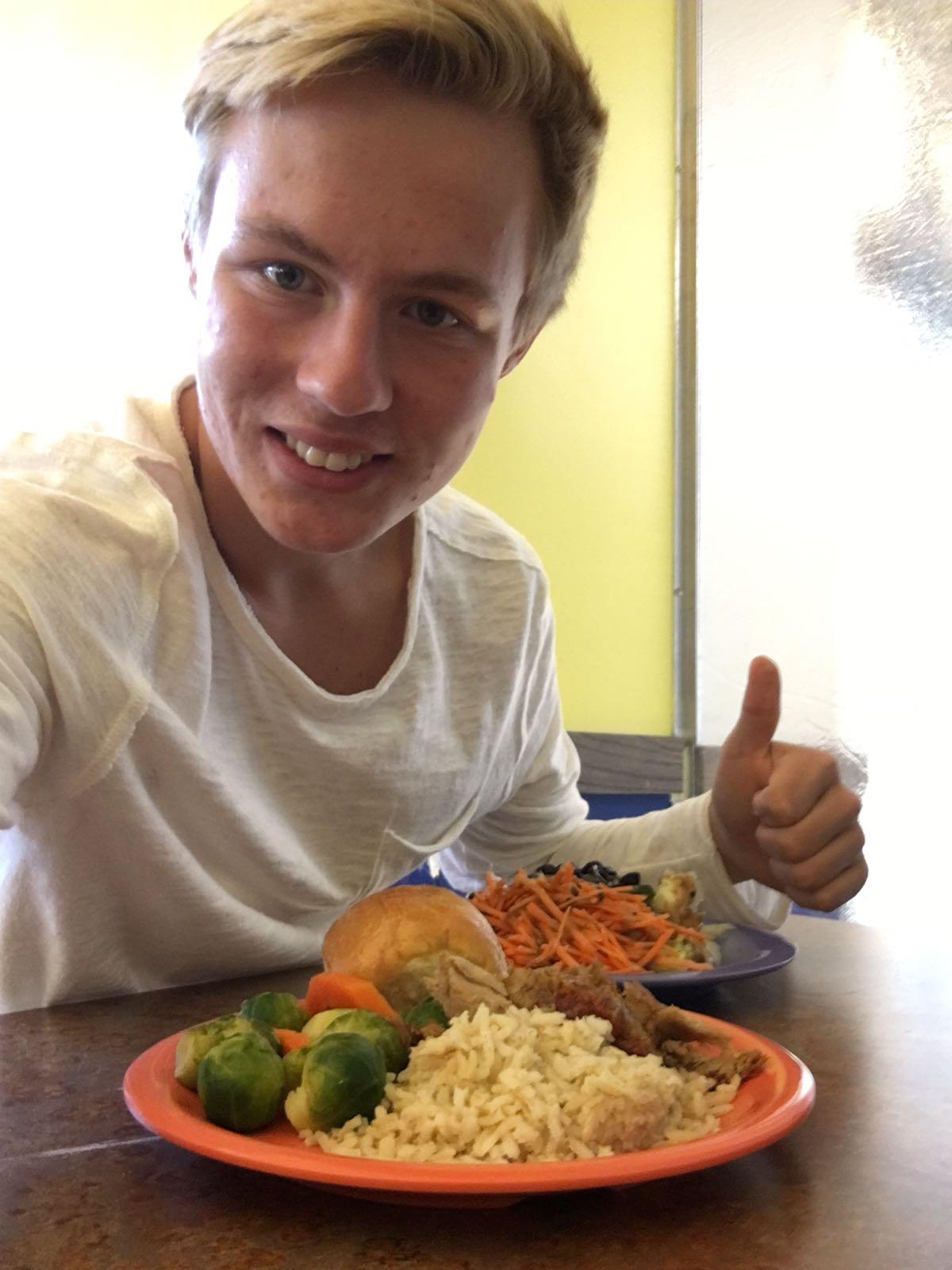 Gesunde Ernährung ist für Leon sehr wichtig.