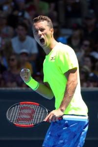 Melbourne, 2. Runde: Istomin schlägt Djokovic, Kohlschreiber Young