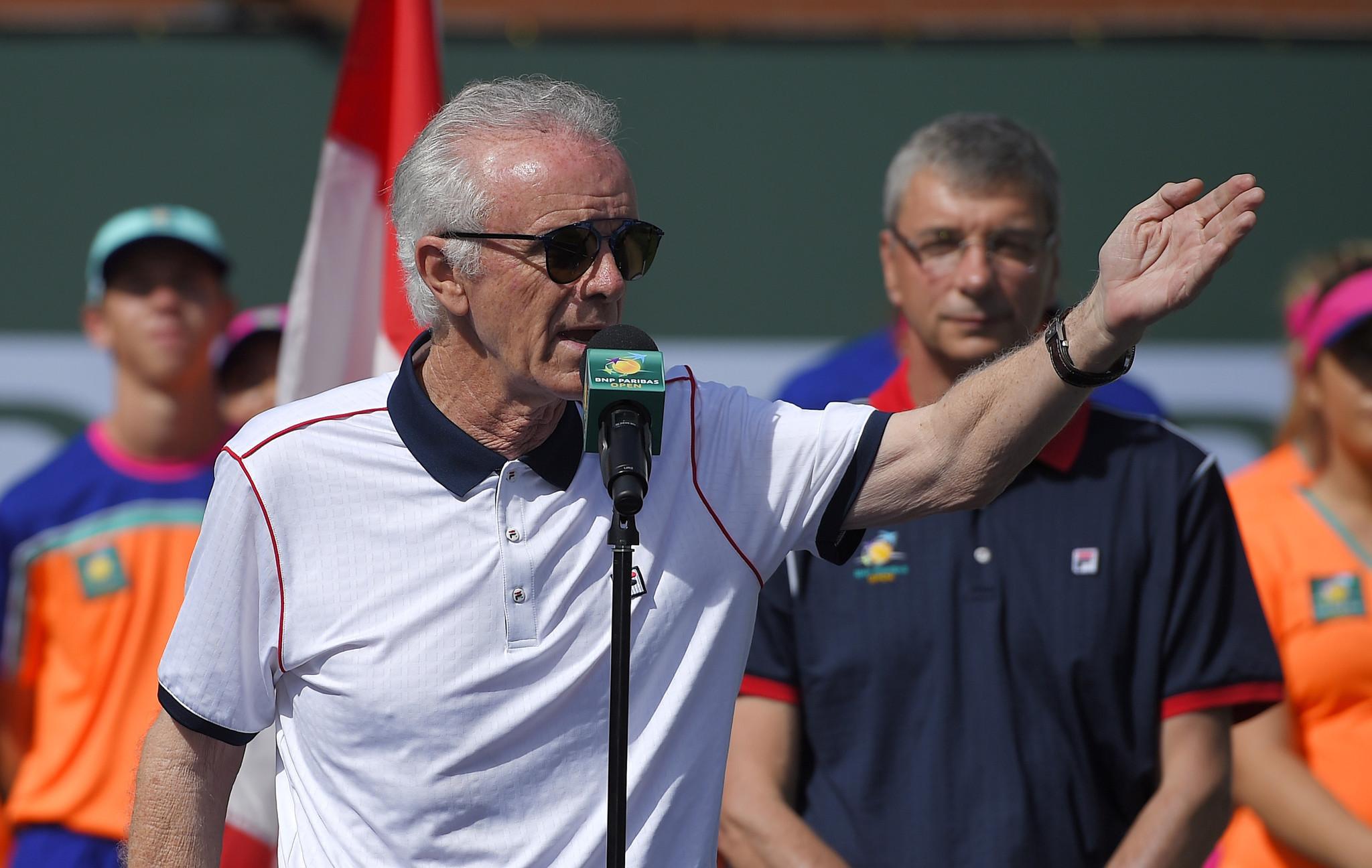 Der ehemalige Turnierdirektor von Indian Wells, Ray Moore, wurde nach seinen Aussagen entlassen.