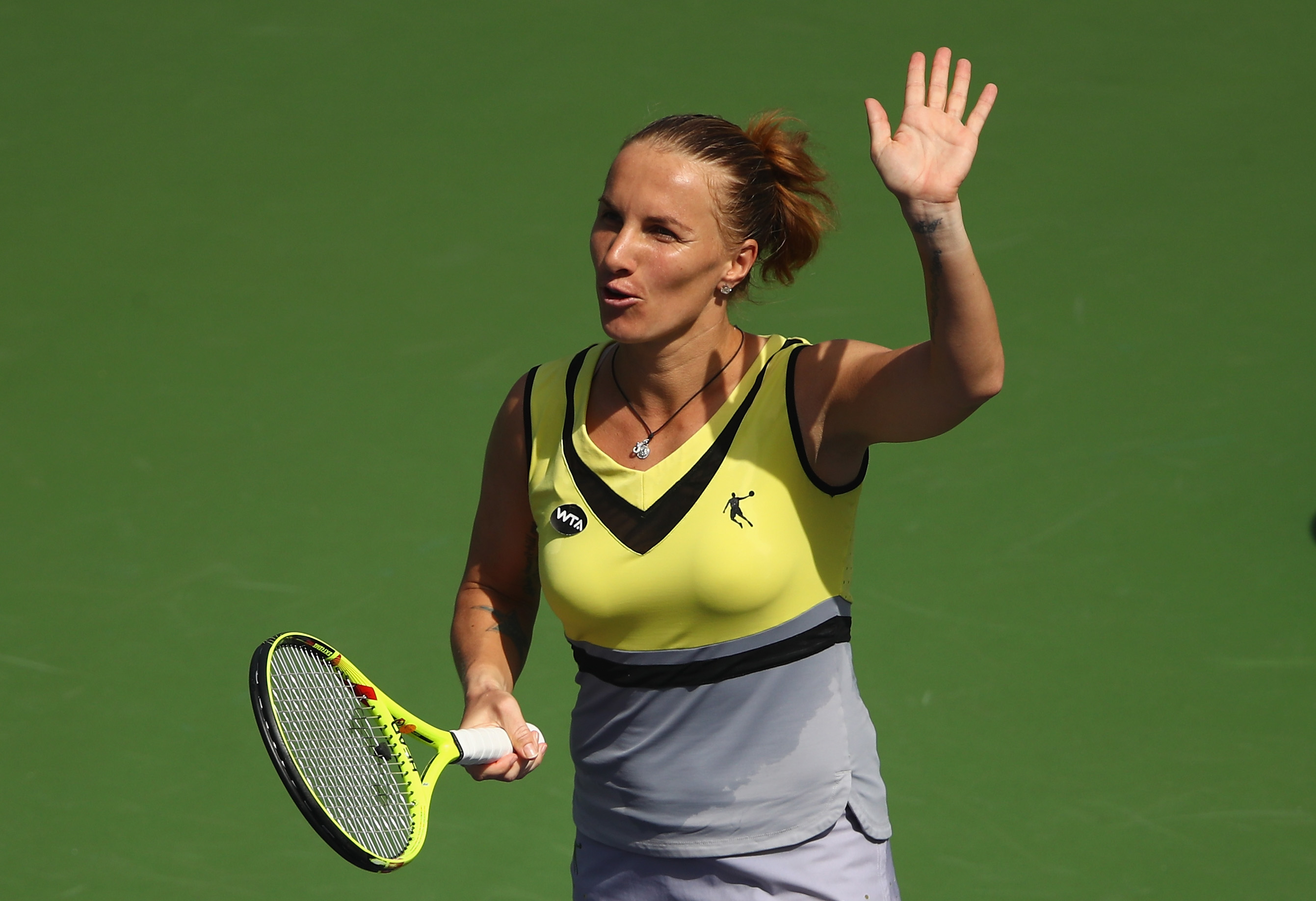 INDIAN WELLS, CA - MARCH 15: Svetlana Kuznetsova of Russia waves to the crowd after her straight set victory against Anastasia Pavlyuchenkova of Russia in the quarter final match during day ten of the BNP Paribas Open at Indian Wells Tennis Garden on March 15, 2017 in Indian Wells, California. (Photo by Clive Brunskill/Getty Images)