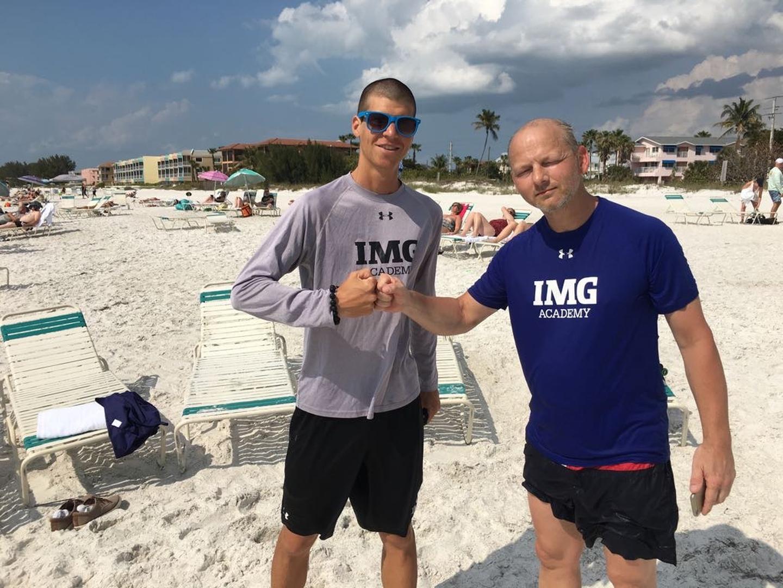What a Match: Nach dem Beachtennis mit Pete Van Lieshout, Coach der IMG Academy.