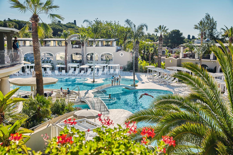 pool_oasis