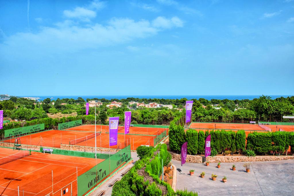 gro es gewinnspiel preise im wert von 3000 euro tennis magazin. Black Bedroom Furniture Sets. Home Design Ideas
