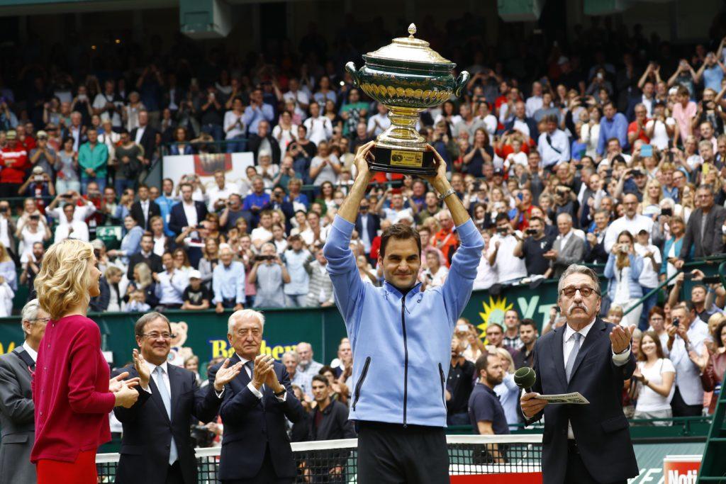 Finale in Halle: Federer in topform schlägt Zverev