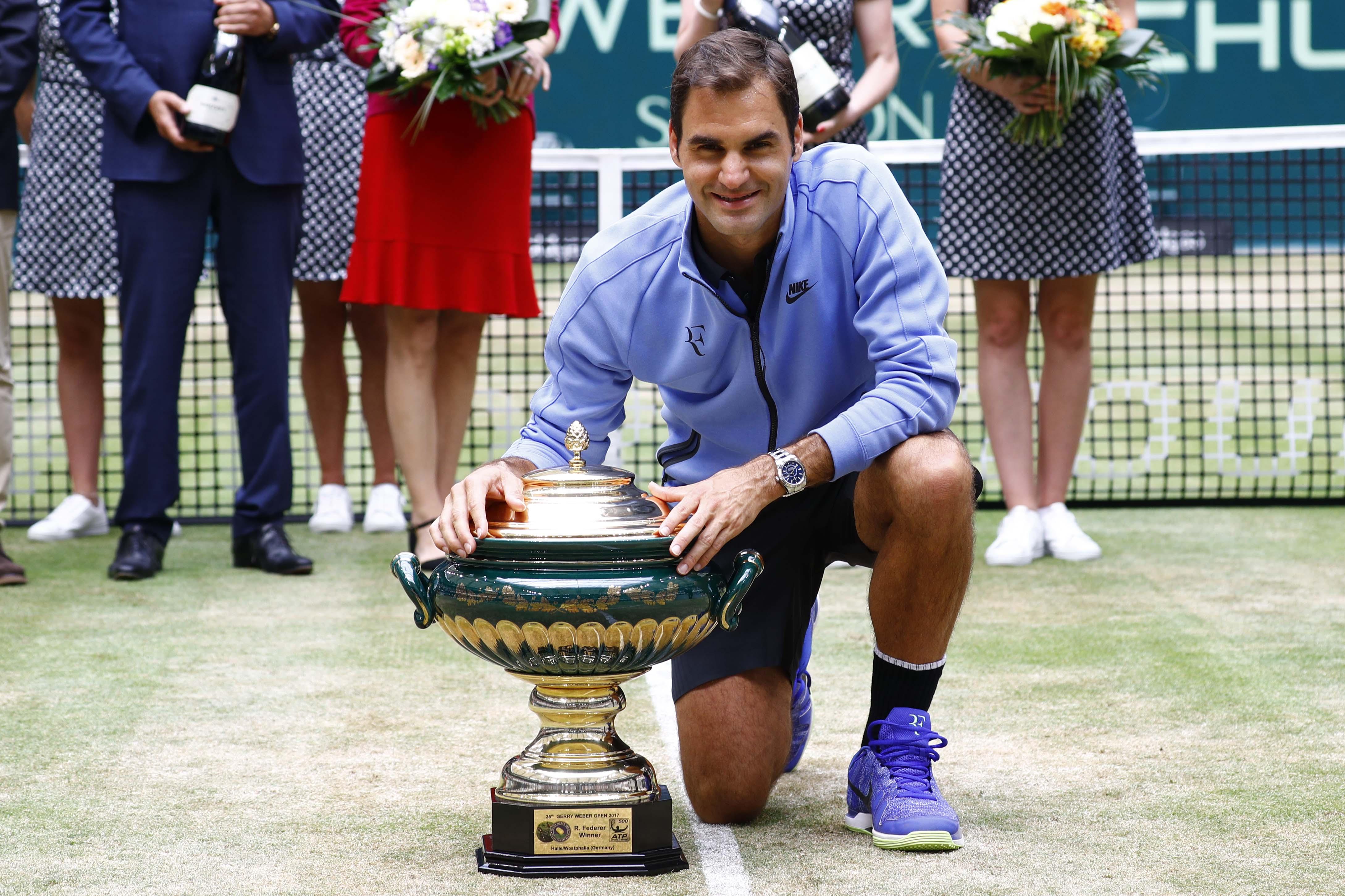 Roger Federer verzichtete auf die Sandplatzsaison und konzentrierte sich stattdessen auf Rasen. In Halle sicherte der Schweizer sich seinen neunten Titel.