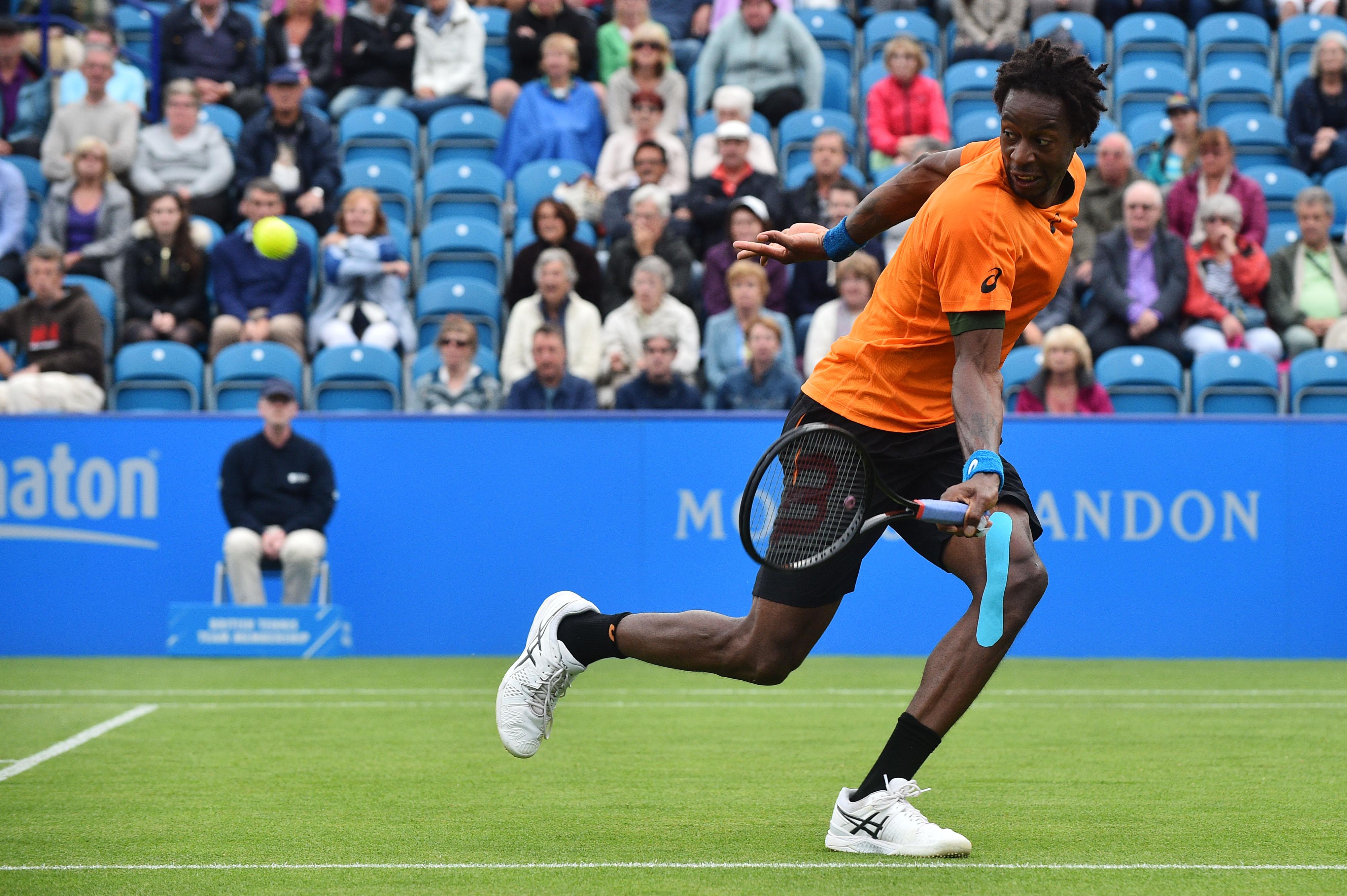 Gael Monfils lieferte sich einen harten Kampf mit Richard Gasquet. Im Finale von Eastbourne trifft der Franzose auf Novak Djokovic.