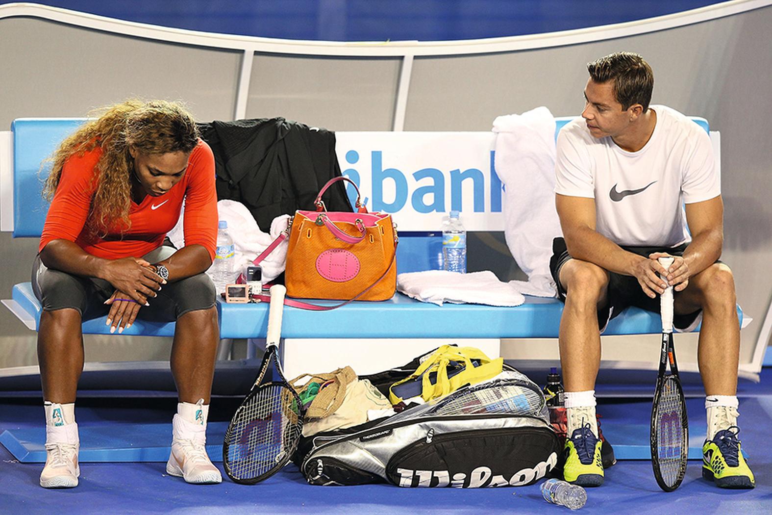 Mit Serena Williams wohnte Sascha Bajin zusammen. Sie nahm ihn mit in den Urlaub und auf Grammy-Verleihungen.