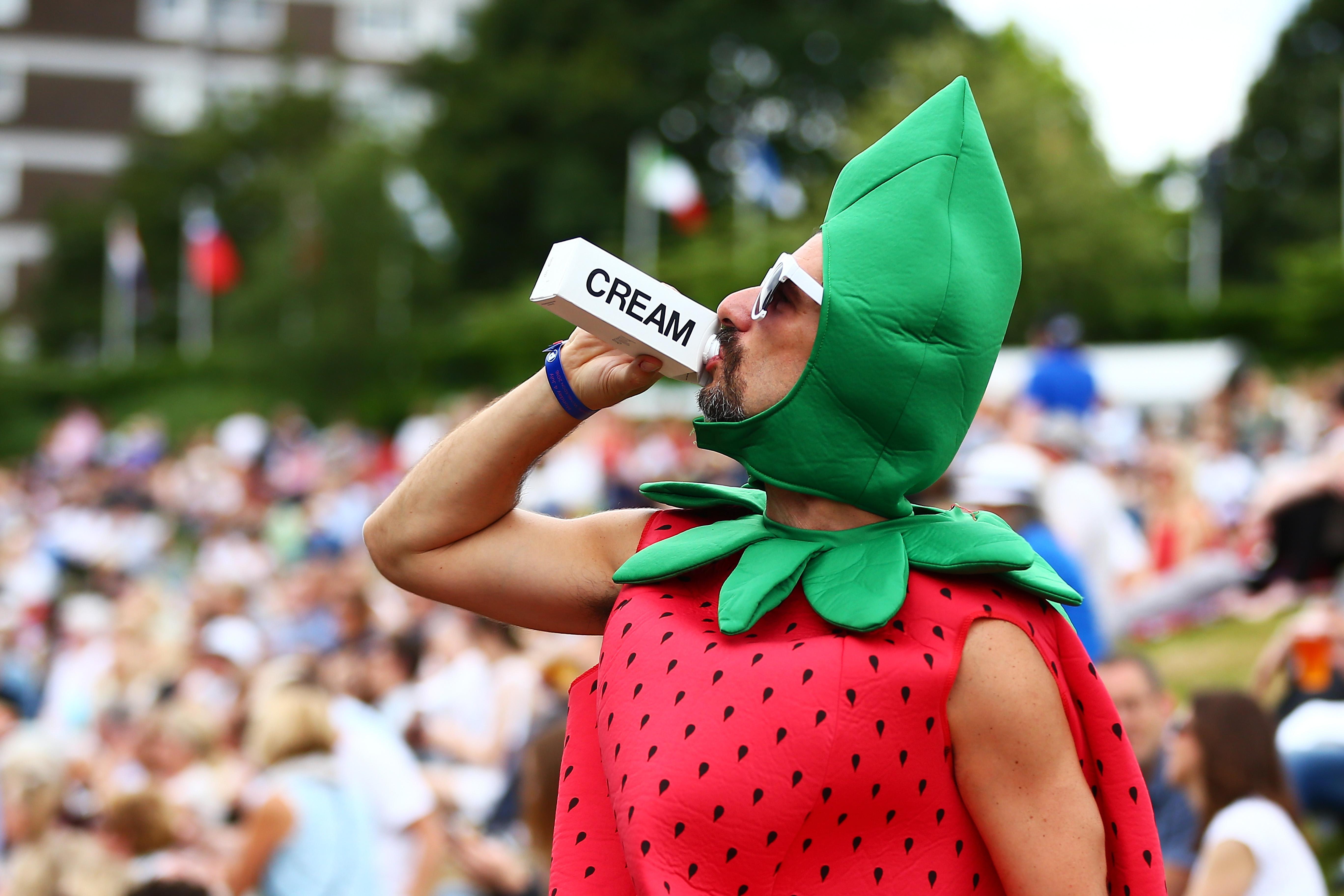 Ganz eindeutig – in Wimbledon regieren Erdbeeren mit Schlagsahne.