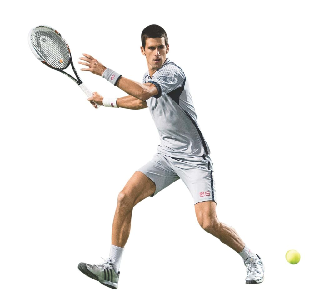 Novak Djokovic macht einen großen Schritt und holt aus