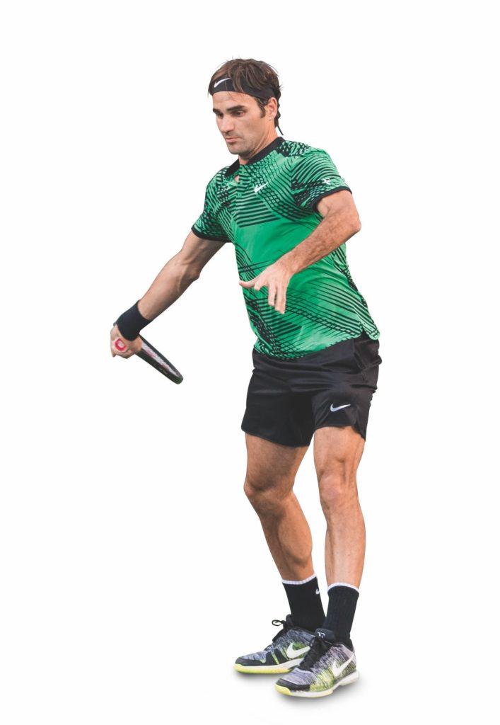 Kurz vorm Treffpunkt ist das Handgelenk von Federer locker