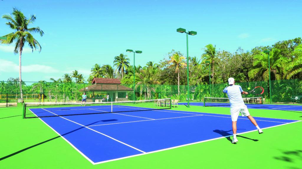 Tennis im Robinson Club Khao Lak