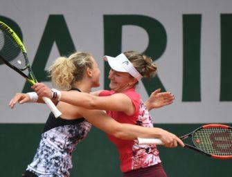 Siniakova/Krejcikova gewinnen auch in Wimbledon Doppel-Titel