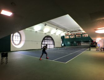 Serve & Drive in New York: Der versteckte Tennisplatz in Manhattan