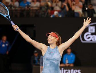 Sharapova schlägt Titelverteidigerin Wozniacki