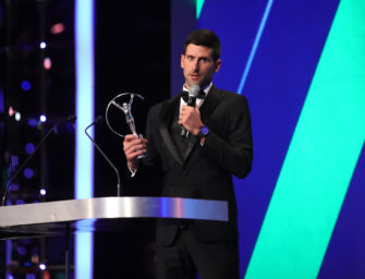 Novak Djokovic in Plauderlaune beim Laureus Award