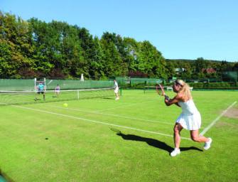 tennis MAGAZIN Lesercup 2021: Spielen Sie auf Rasen