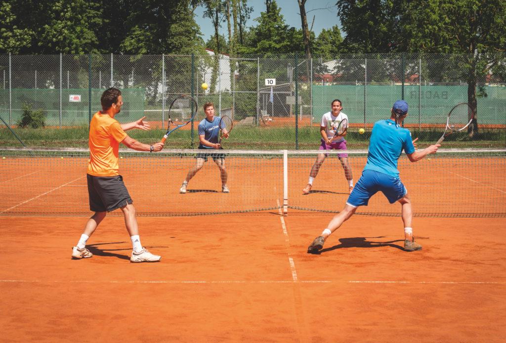 Doppelspiel Beim Tennis