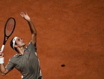 Federer in Paris zum zwölften Mal im Viertelfinale