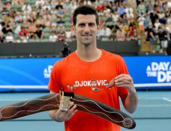 Djokovic bei Rückkehr auf den Tennisplatz mit Kurzprogramm