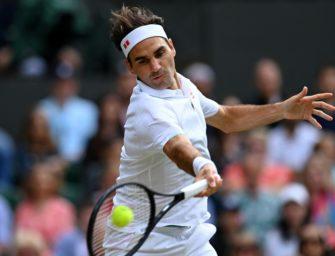 Federer versteigert Kleidung und Equipment
