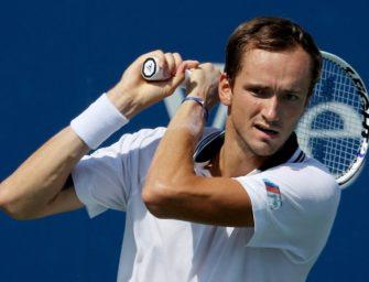 """Tennisstar Medvedev schwärmt von Mario Gomez: """"Habe ihn so sehr geliebt"""""""