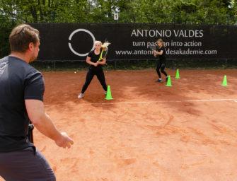 Beinarbeit im Tennis: Die Spanische Schule